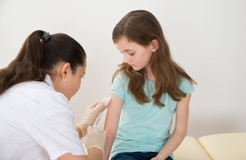 Aplicación de Vacunas Escolares
